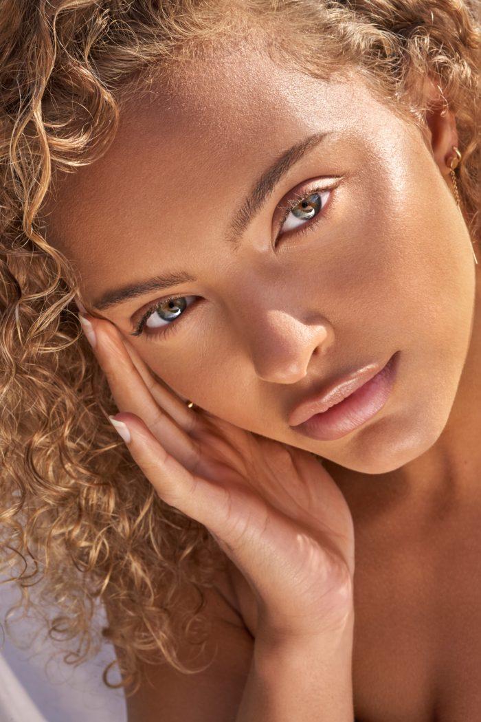 Curly Beauty model